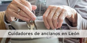 Cuidadores de ancianos en León